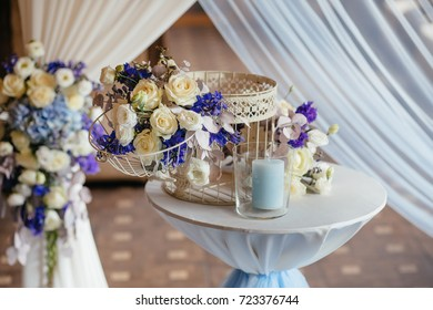 wedding table decorations. Flowers on wedding table
