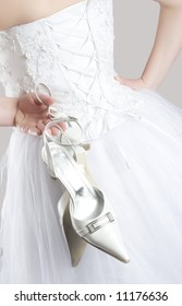 weeding dress and shoes