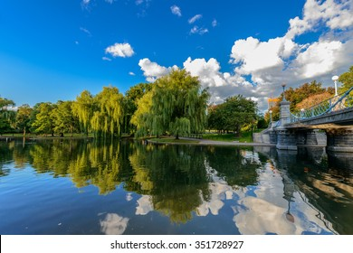 Weeping willow trees and a pond in the Boston Public Garden