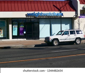 Weight Watchers Storefront. Mamaroneck, NY/USA - March 17, 2019