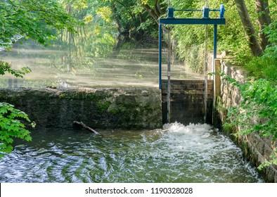 Weir in the Ilm in Weimar