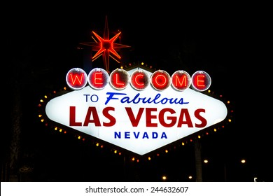 welcome to fabulous las vegas Nevada sign shot at night with glowing neon lights