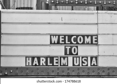 Welcome to harlem Usa Sign in black and white