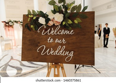 Welcome to our wedding invitation table