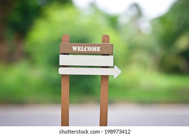 Welcome sign, add your own text.