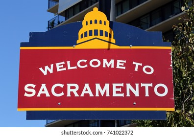 A welcome sign in downtown Sacramento, California.