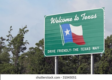 A welcome sign at the Texas state line