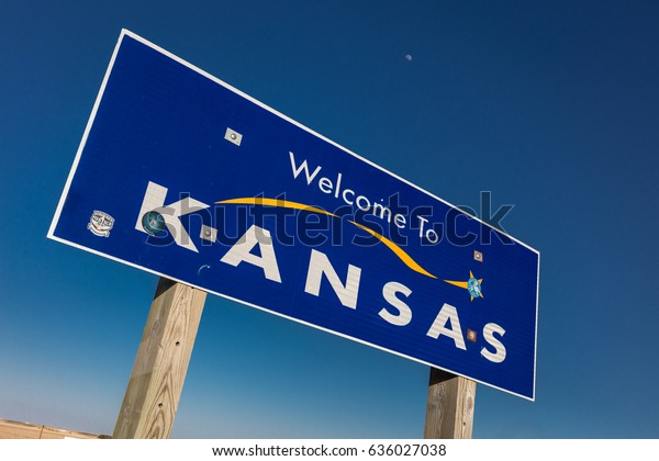 Welcome to the State of Kansas - Roadsign