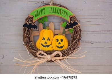welcome wreath of halloween
