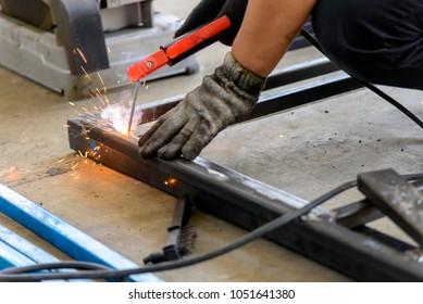 The welding operator welding the tube for make the table frame.