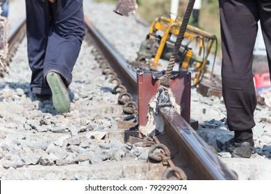 Welding tracks,thermit rail welding.