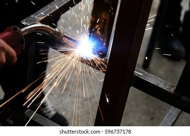 Welding welder