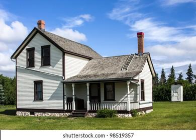 Well kept old farm house on the prairies