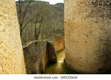 Well preserved ancient fortification in southwestern France.