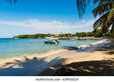 West End Bay, Bay Islands, Roatan, Honduras