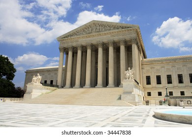West facade of the United States Supreme Court building.