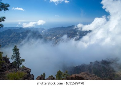 West of Gran Canaria, February 2018, integral Nature Reserve Inagua, view over clouds into Tasartico valley