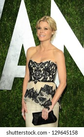 WEST HOLLYWOOD, CA - FEB 24: Julie Bowen at the Vanity Fair Oscar Party at Sunset Tower on February 24, 2013 in West Hollywood, California