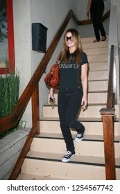 West Hollywood, CA, USA, 10-24-2006 Carmen Electra out and about in casual clothing.