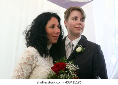 West Hollywood, California, USA, Jun 17, 2008 - Lesbian couple Cara Hanes and Heidi Hale marry during a civil ceremony in West Hollywood, California .