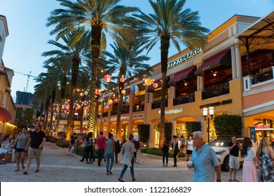 West Palm Beach, FL/ USA 07/29/2017- Visitors to Cityplace enjoy the nightlife scene as evening arrives.