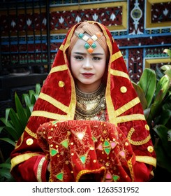 WEST SUMATRA, Indonesia - DECEMBER 21, 2018 : Minang girl in traditional costume.