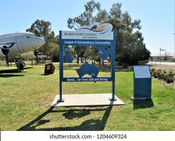 West Wyalong Shire of Bland, New South Wales, Australia.   10/01/2018.   Sign confirms Member of Extraordinary Communities Far from Dull and Boring which include Dull in Scotland and Boring in USA
