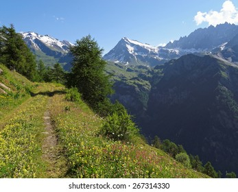 Western Alps, Italy, Aosta valleys, mountains near the frontier to Switzerland