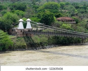 Western Bridge, Santa Fe de Antioquia (Colombia)