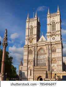Western facade of Westminster Abbey with Westminster Column, City of Westminster, Central Area of Greater London, UK
