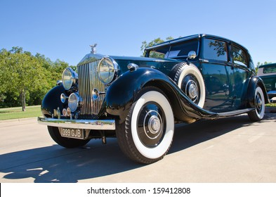 WESTLAKE, TEXAS - OCTOBER 19: A 1937 Rolls Royce Phantom 3 is on display at the 3rd Annual Westlake Classic Car Show on October 19, 2013 in Westlake, Texas.