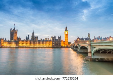 Westminster Bridge and Houses of Parliament at dusk, London.