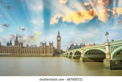 Westminster Bridge, London. River Thames and Big Ben Tower with Houses of Parliament.