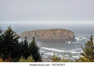 Whale's Head formation, coastal attraction along Oregon's 12-mile Samuel H. Boardman State Scenic Corridor