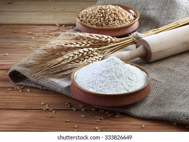 Wheat flour, wheat, roller