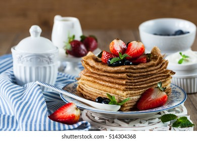 Wheat pancakes with berries