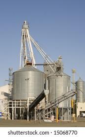 Wheat storage silo's in central Oregon