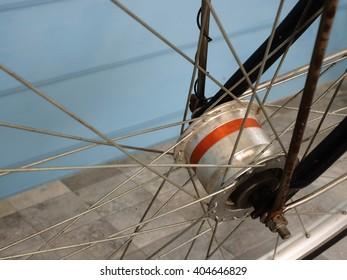 Wheel axle of bicycle