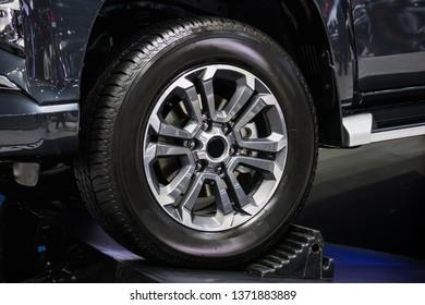 wheel pickup truck.Magnesium alloy wheel.