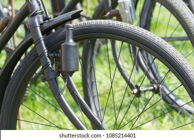 Wheel retro bicycle with dynamo