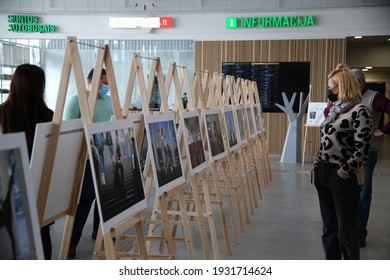 When galleries and exhibition halls were closed during the pandemic, photojournalist Algimantas Barzdzius organized a photography exhibition in the waiting area of Vilkaviskis bus station. 08 03 2021