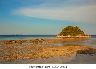When sea are dropping, Lipe Island, Thailand