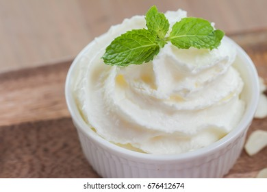 Whipping cream with peppermint leafs