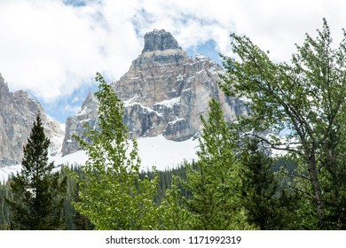 Whispering Wood Ln Field/British Columbia/Canada - Jun 02 2018: First Partial View Mountains around the Upper Spiral Tunnel