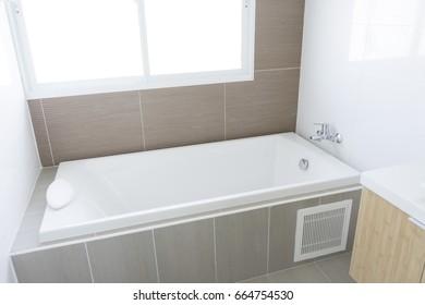 White bath tub at home
