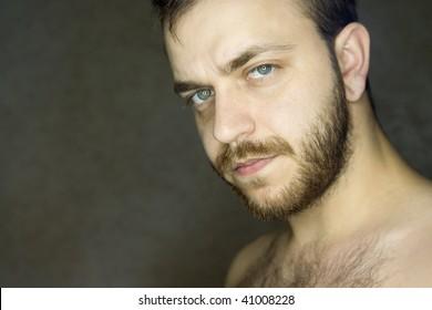 white bearded man ring flash had portrait