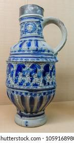 A White Ble Vase