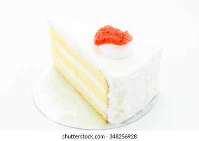 white chocolate cake with strawberry