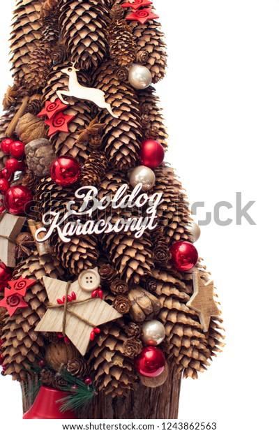 white christmas tree pinecone decoration 600w 1243862563