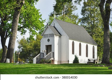 White Chapel Images Stock Photos Vectors Shutterstock